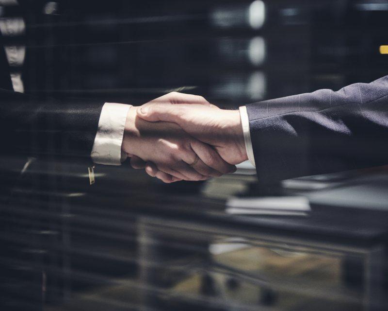 Unternehmenssteuern - Immobilien und Unternehmenstransaktion